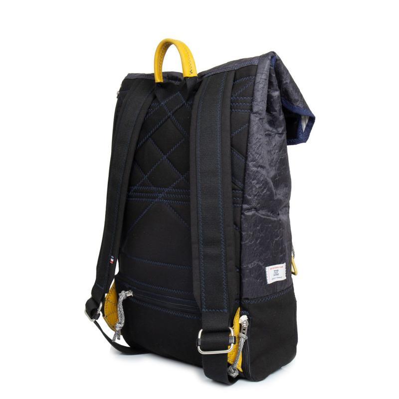 Dinghy Rucksack schwarz Rückseite
