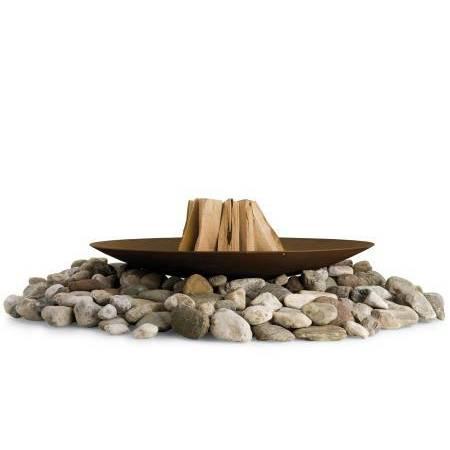DISCOLO Feuerstelle Ø 120 cm auf Stein gebaut