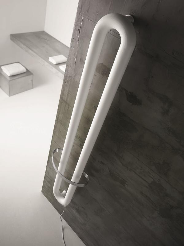 TUBONE Badheizkörper elektrisch mit Handtuchstange
