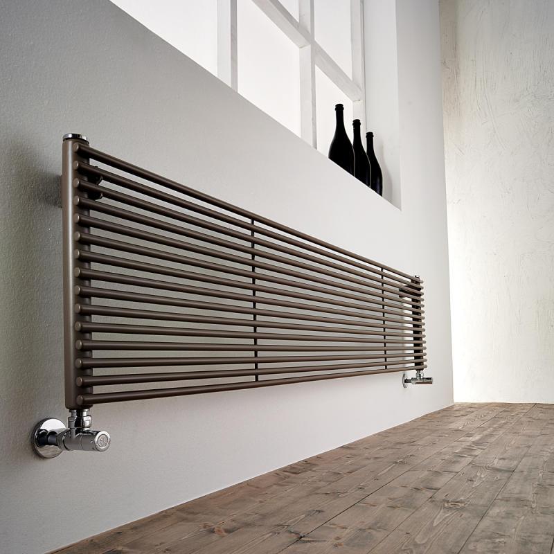 H_20 VS Design-Heizkörper vertikale Streben einreihig Warmwasser, Größe und Ausstattung nach Wahl
