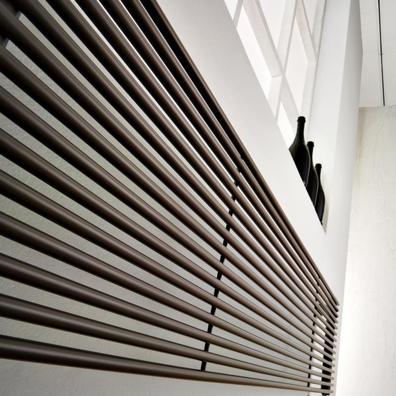 Antrax Design-Heizkörper AO13S horizontal, einfach gelegte Rohe
