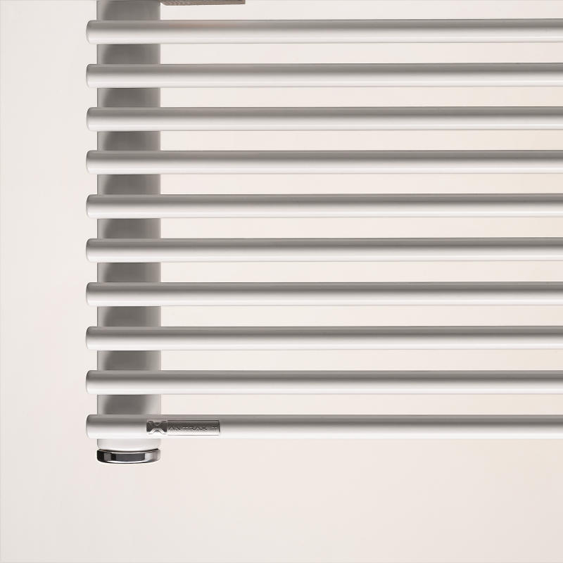 Antrax Design-Heizkörper AO13S horizontal, einfach gelegte Rohre
