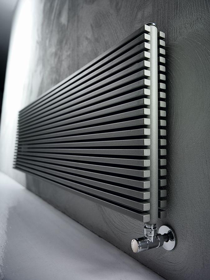TRIM OD Design-Heizkörper horizontale Streben doppelreihig Warmwasser, Größe und Ausstattung nach Wahl