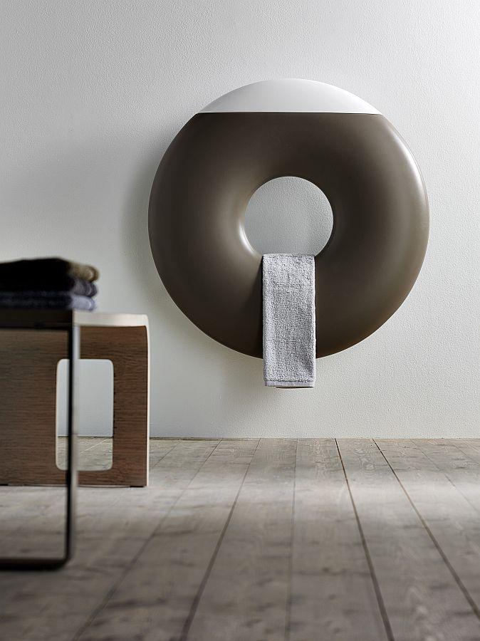 ZERO Design-Heizkörper von Francesco Lucchese, Farbe und Ausstattung nach Wahl