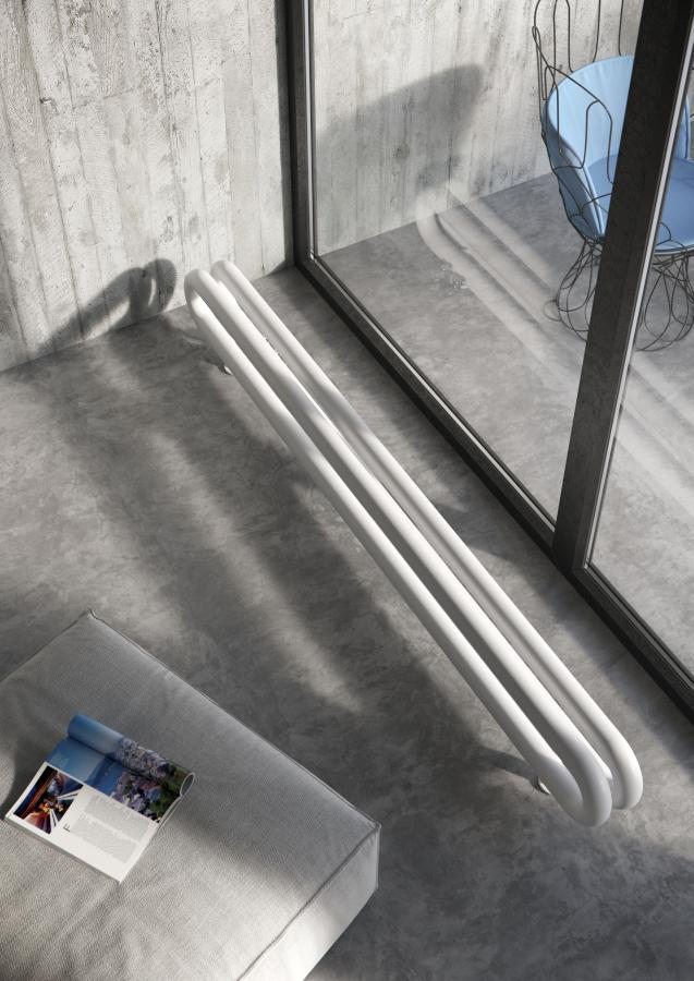 Antrax Design-Heizkörper TUBONE-ODF, doppelt voreinander, mit Fußbodenanschluß