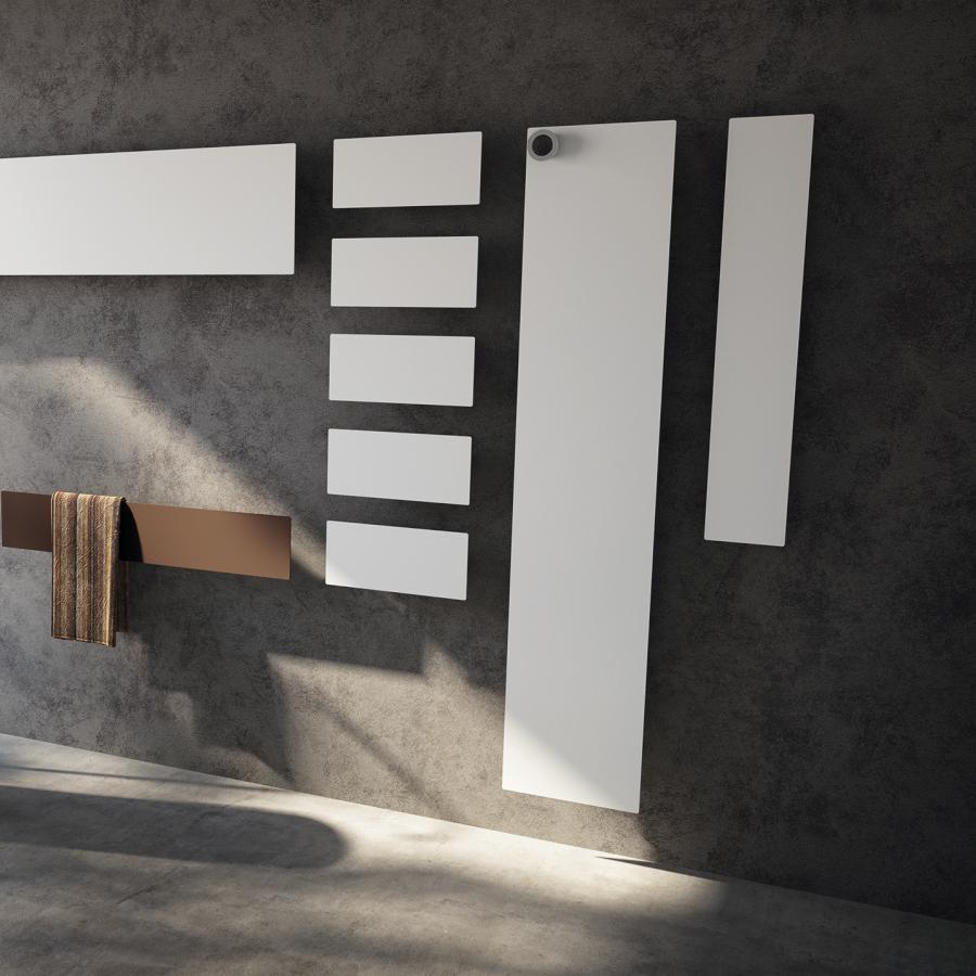 Design-Heizkörper Tavola Porta Accappatoio (zweiter von rechts, 170 cm)