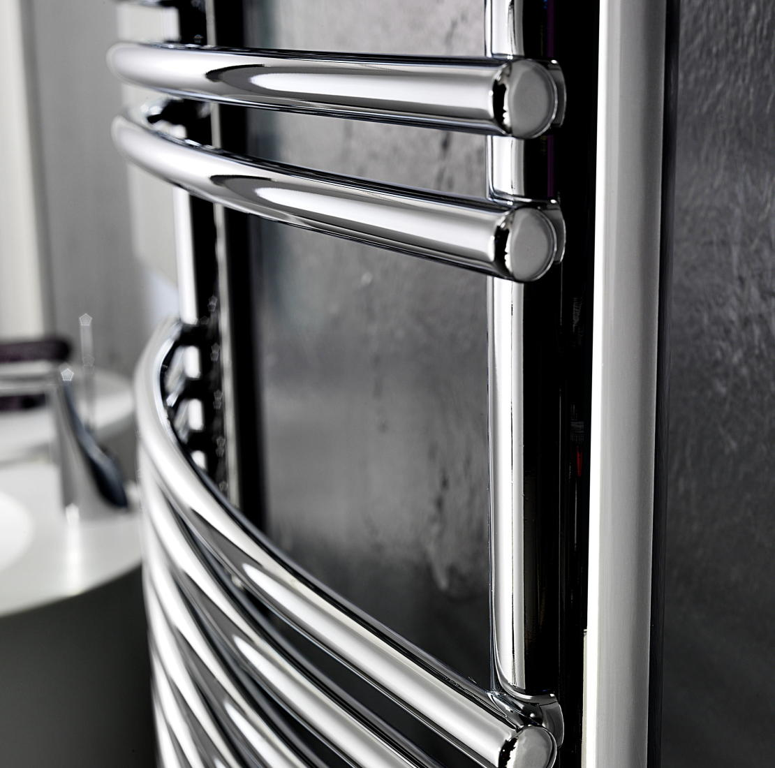 Antrax Design-Heizkörper BD BEND chrom