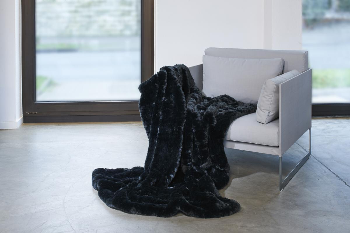 CARMA Plaid Awassi black 140x180 cm