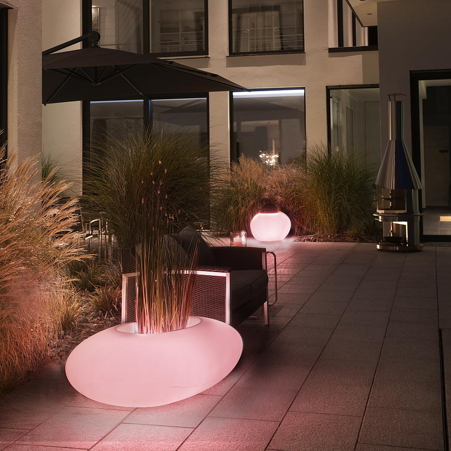 STORUS Pflanzobjekte mit LED-Beleuchtung