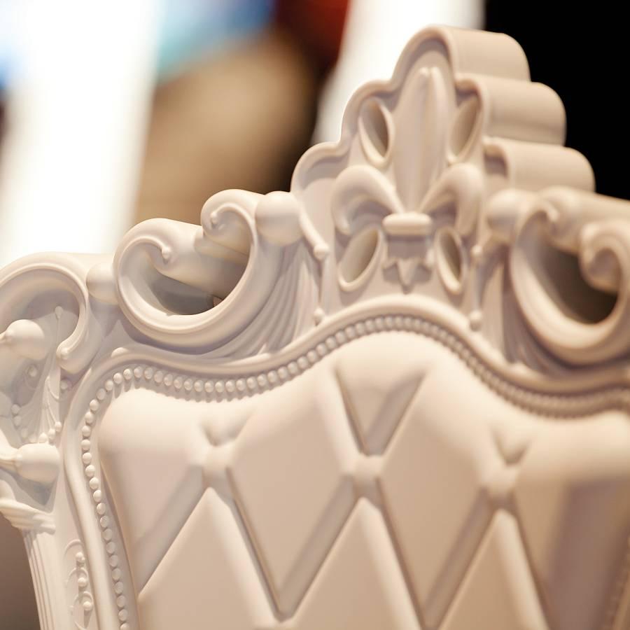 PRINCESS OF LOVE Stuhl Detail der wundervollen Rückenlehne
