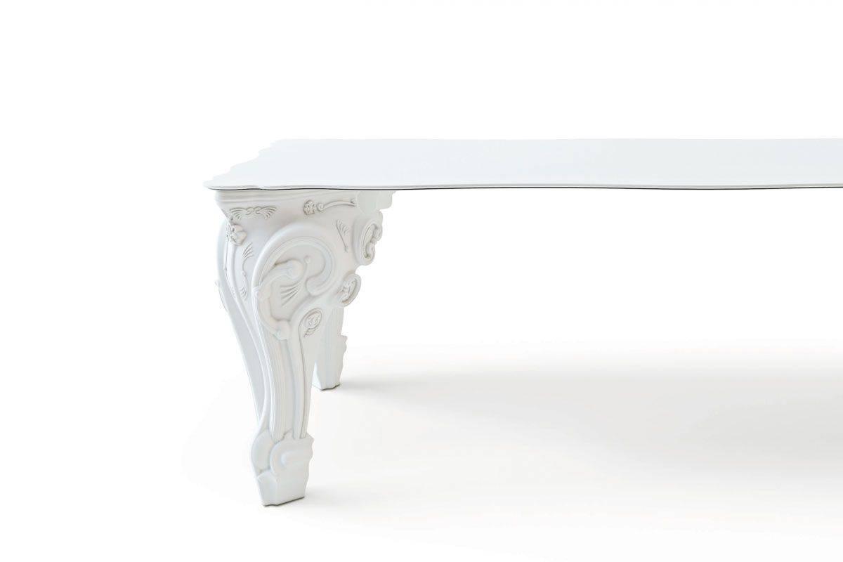 Fuß-Detail vom SIR OF LOVE Tisch