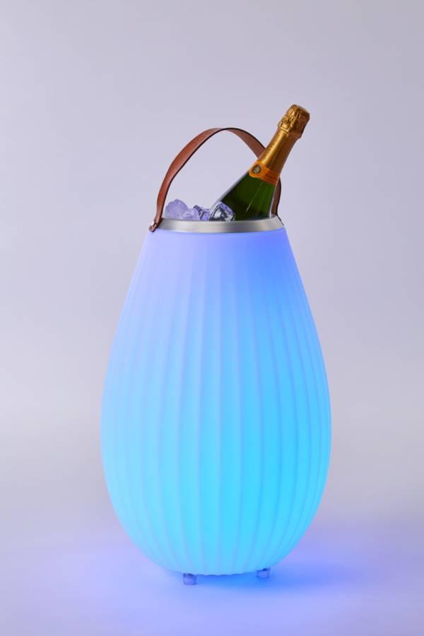 JOOULY Weinkühler / Bluetooth-Lautsprecher in blau leuchtend