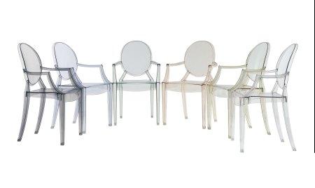 Louis Ghost Stapelstuhl für den runden Tisch
