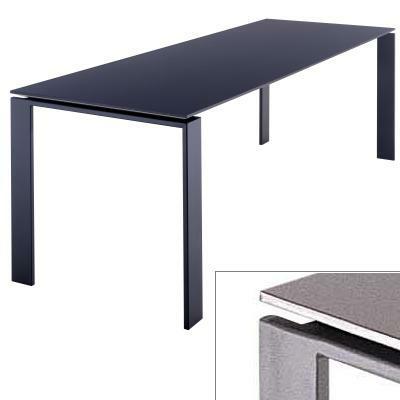 Four Tisch