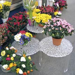 T-Table Beistelltisch glasklar mit Blumen