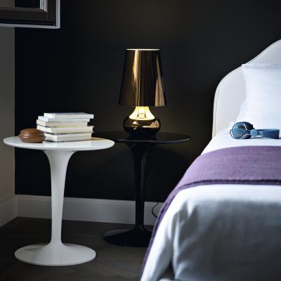 tiptop mono beistelltisch von kartell m bel bei. Black Bedroom Furniture Sets. Home Design Ideas