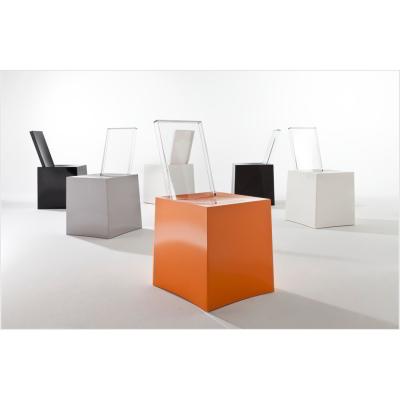 Miss Less Stuhl von Philippe Stark