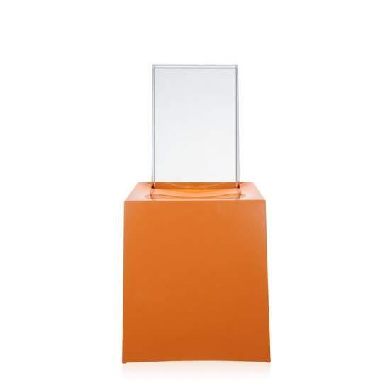 Miss Less Stuhl orange, von Vorne