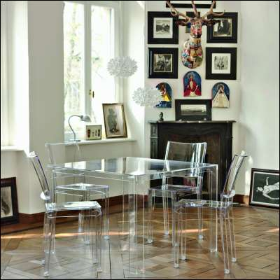 Invisible Table Esstisch mit LA MARI Stuhl