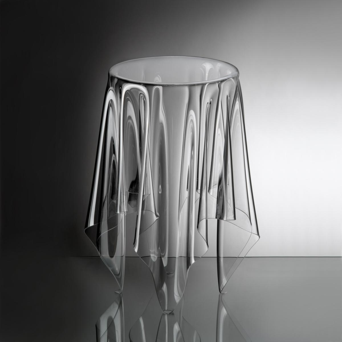 essey Tall Illusion Beistelltisch ø 32 , H 56 cm, transparent