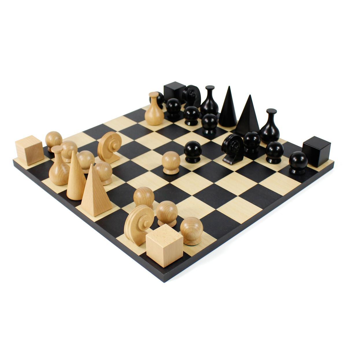 MAN RAY Schachspiel komplett mit Spielfiguren, massives Buchenholz