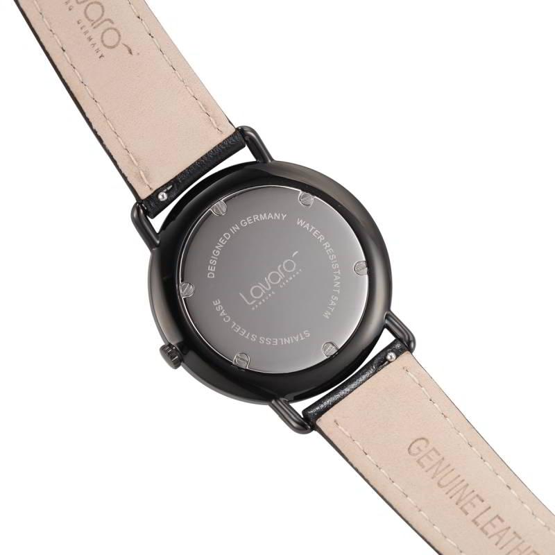 Rückseite der AIR Armbanduhr Dau 36 mm LA20004 mit dem Qualitätssiegel MADE IN GERMANY