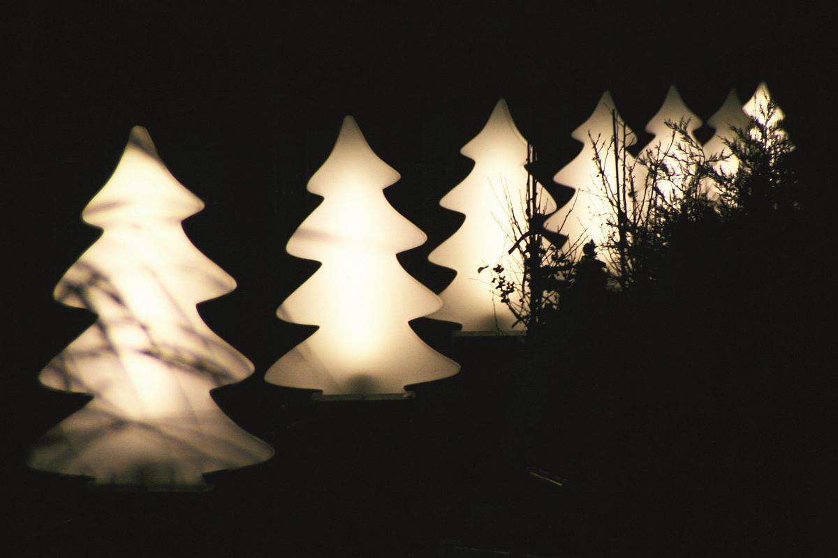LUMENIO LIGHT Weihnachstbaum sunny white im Freien