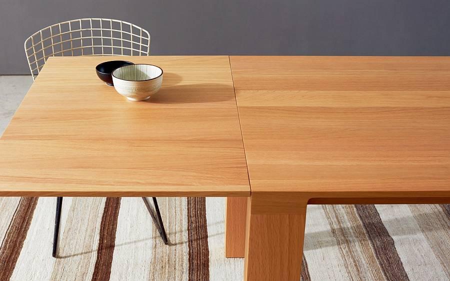 CURVE Tisch in Eiche, mit ausziehbarer Tischverlängerung mit Schmetterlingsbeschlag