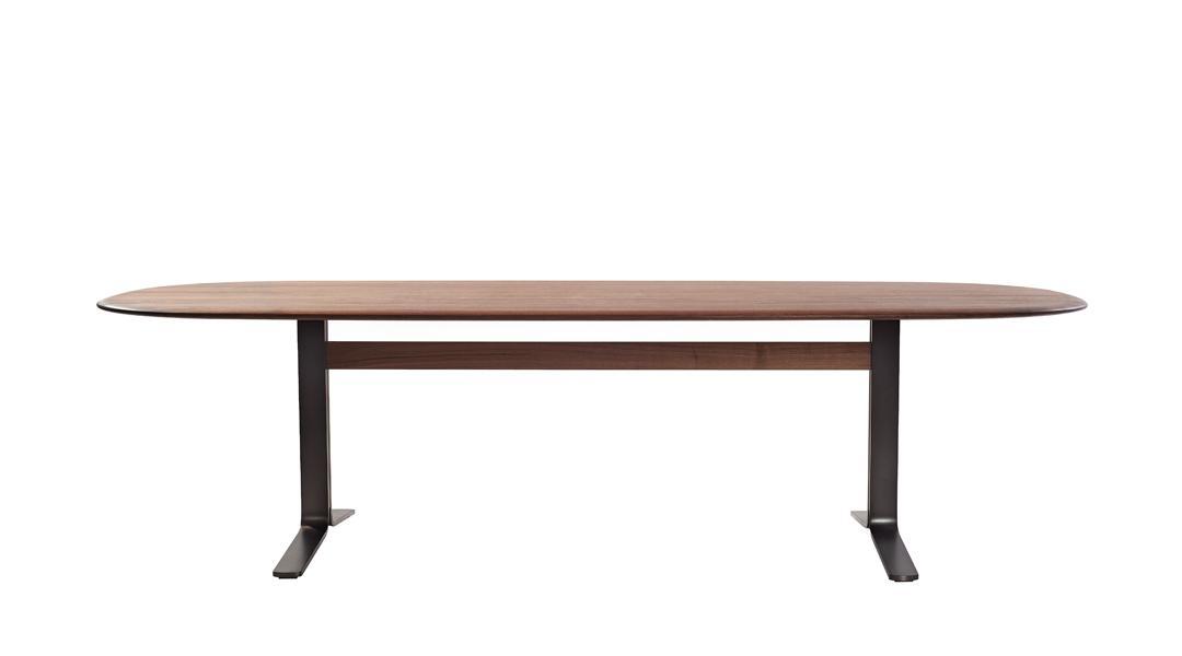 MOUNT Tisch oval, Massivholz, Fertigung nach Kundenwunsch