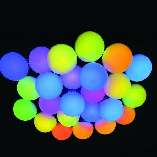 LED RGBW Leuchtmittel 9W in verschiedenen Farben