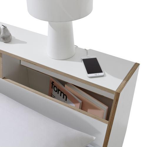SLOPE Bett Detail von einem Fach, offen