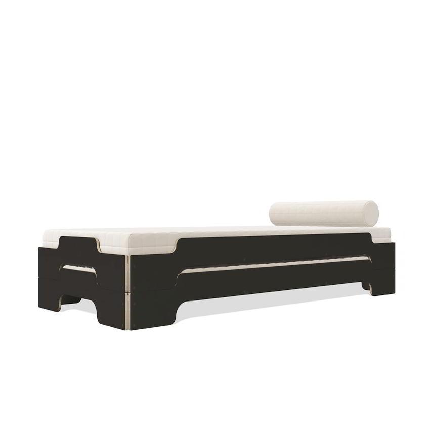 Stapelliege Komfort schwarz / Holzkante von Rolf Heide