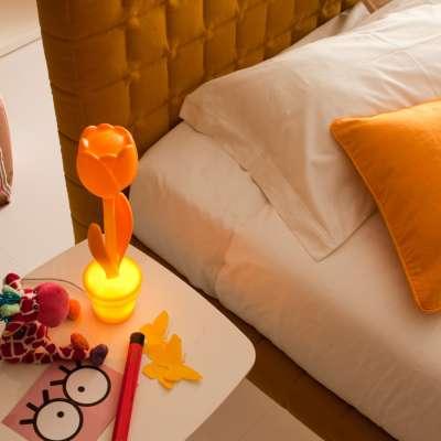 TULIP S beleuchtete Tulpe mini, am Bett