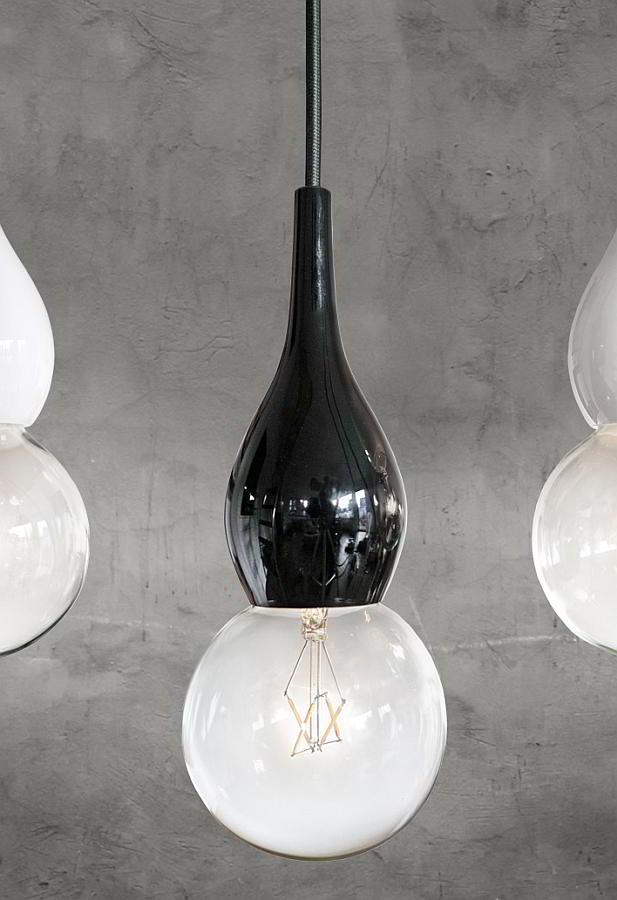 BLUBB mini Pendelleuchte, Glas schwarz, Kabel schwarz