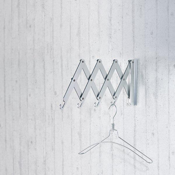 FLEXXO Wandgarderobe, ausgezogen, mit Bügel