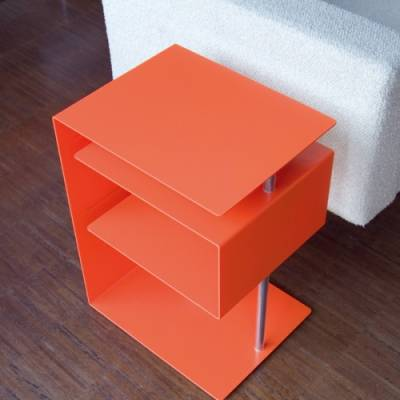 x-centric table Beistelltisch orange