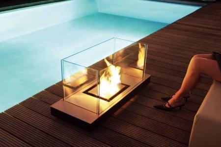 Uni Flame Kamin: schlicht, edel, transportabel