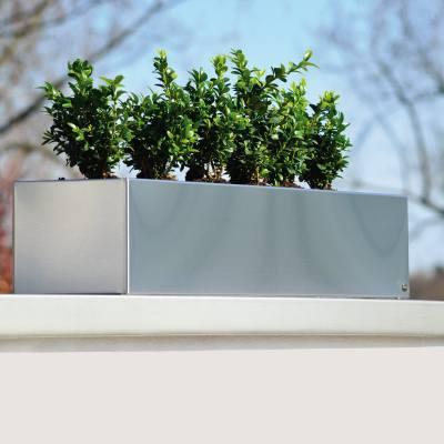 blumenkasten f r fensterbank von radius bei. Black Bedroom Furniture Sets. Home Design Ideas