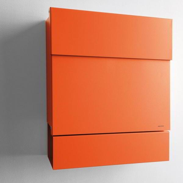 LETTERMAN V Briefkasten mit Zeitungsrolle orange