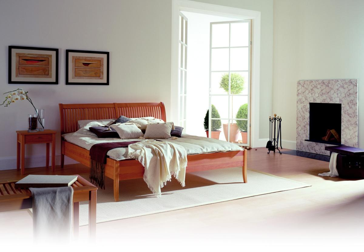 MONTANA Bett von Ruhe und Raum, Holzart und Größe nach Wunsch