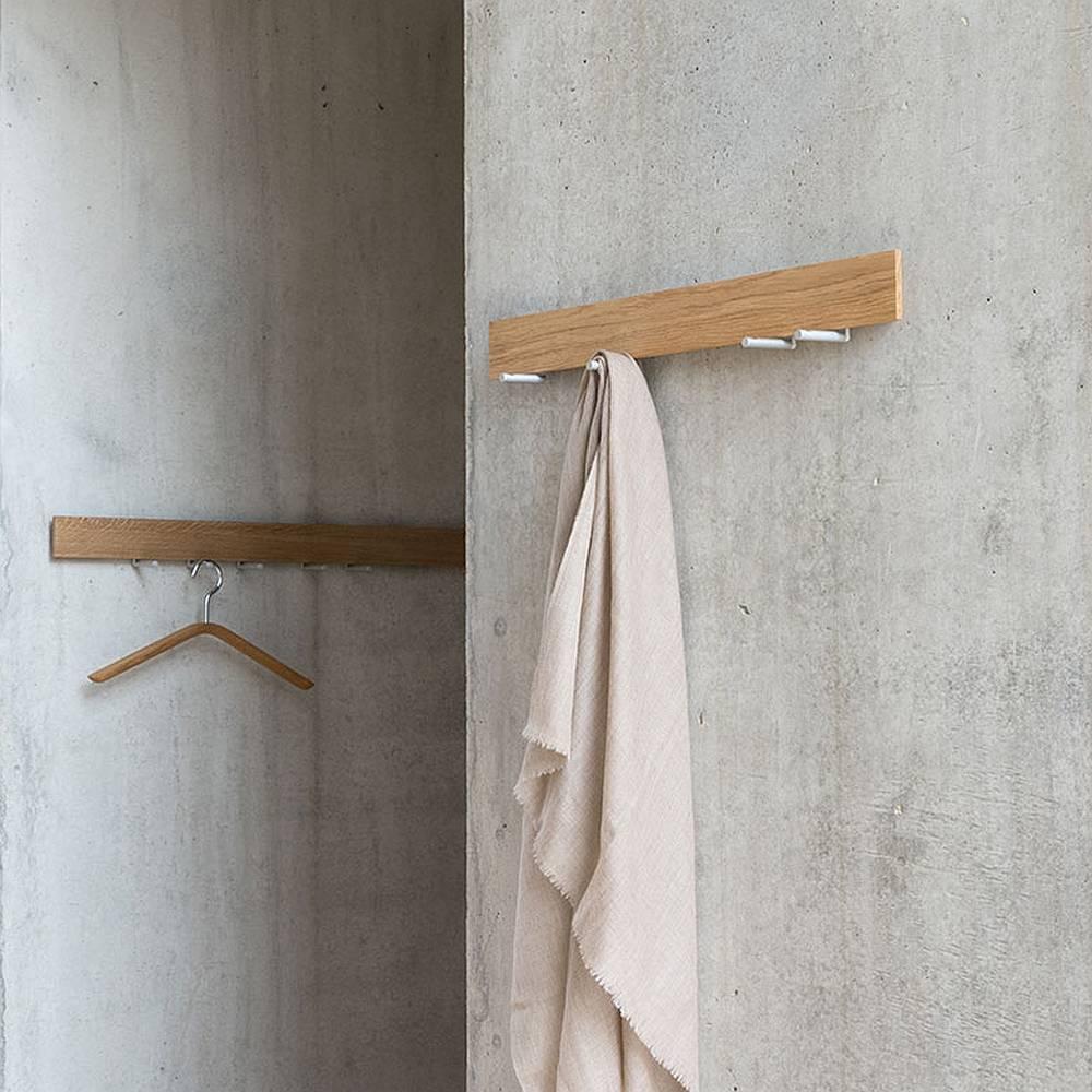 TRACE Wandgarderobe 60 cm Eiche massiv, Ausführung nach Kundenwunsch