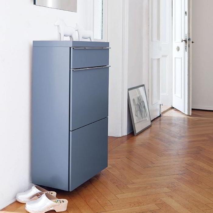 BASIC Schrank mit Tür und Schubkasten und Tablett