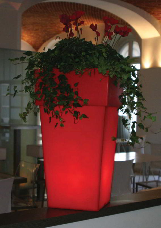TORRE beleuchtetes Pflanzgefäß 50 rot