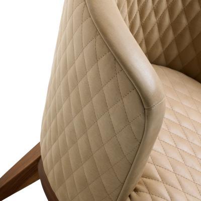 SUE Sessel Detail gestepptes Leder