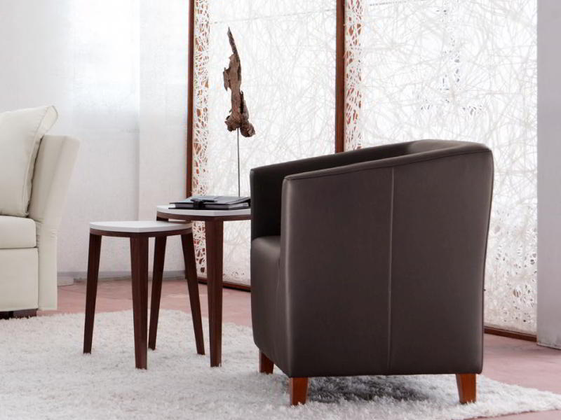 CAMILLA Sessel in Leder braun bezogen