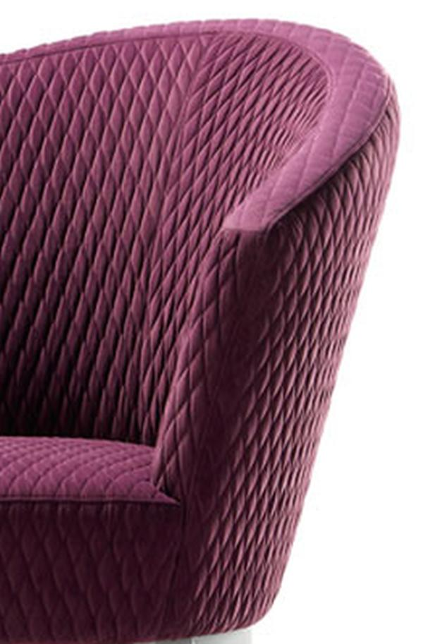 Steppung des SUE Diwan, violett