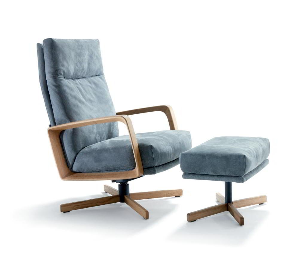 GIN Sessel mit Hocker und Gestell wahlweise in Buche, Eiche oder Nussbaum