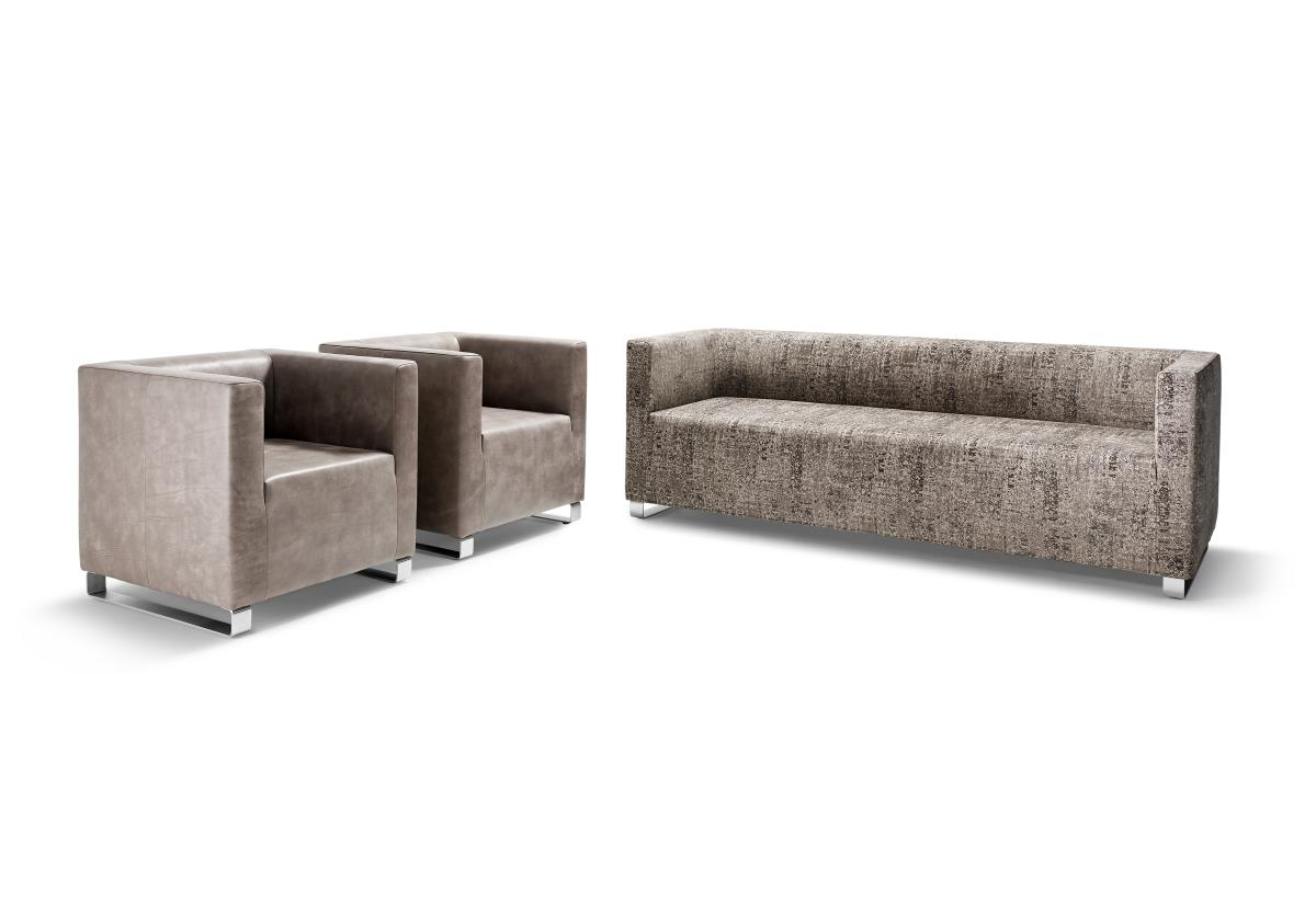 BLUES Sessel in Leder und ein 180 cm großes Sofa in Stoff