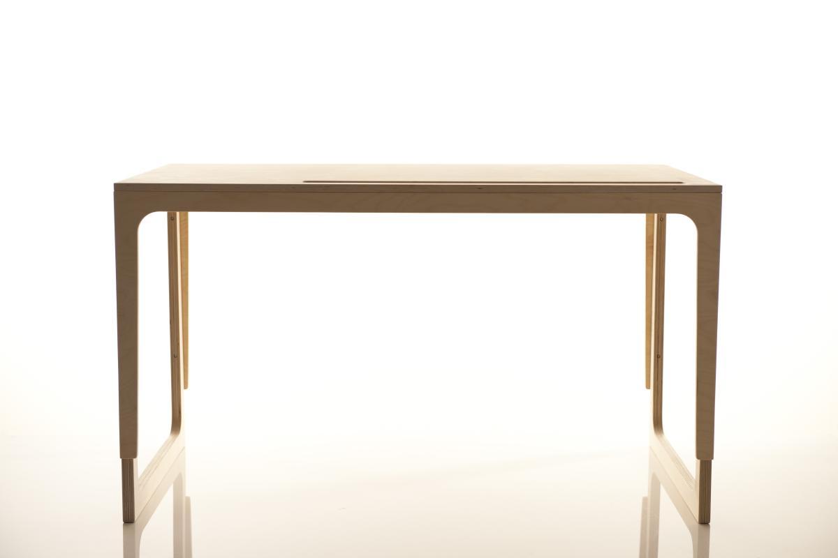 Sibis Vaclav Tisch höhenverstellbar, mit Stiftablage aus Filz in rot, grau oder grün