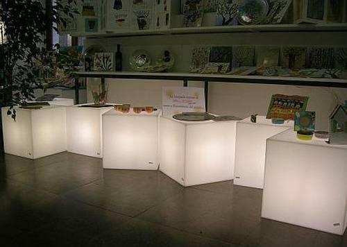 CUBO Leuchtwürfel 50 zur Produktpräsentation